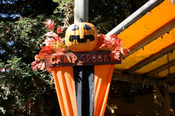 Halloween-at-Knotts-Berry-Farm